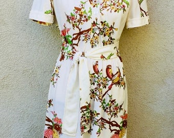 Vintage 70's LESLIE FAY Asian/Birds/Floral Print Self-Belted Dress Medium