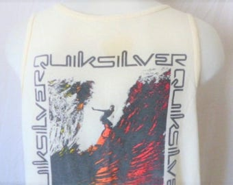 vintage 90s Quicksilver cream natural white tank top sleeveless graphic t-shirt black gradient yellow red surfer big wave back front logo XL