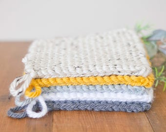 Handmade Pot Holders // Knit Hot Pads // Farmhouse Kitchen Decor // Handknit // Country Style Home Decor