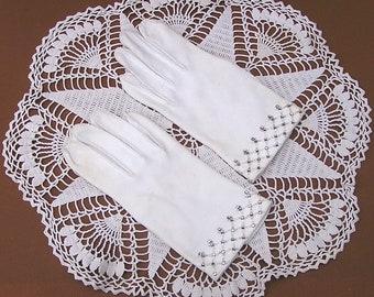 Vintage White Cotton Gloves with Rhinestones