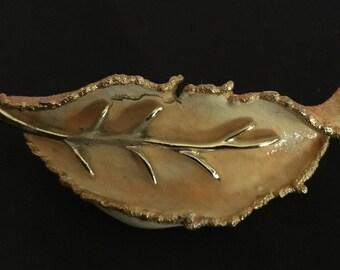 BSK Leaf Pin
