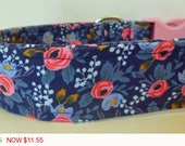 """Sale - 40% Off Dog Collar - Floral Girly - Vintage Blue with Pink and Blue Flowers Collar -""""Betsie"""" - Free"""