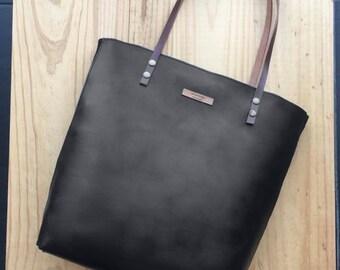 Black Leather tote,black leather bag,custom color inside,whit your name,custom color leather straps,handbag,Tote bag,minimalistic bag