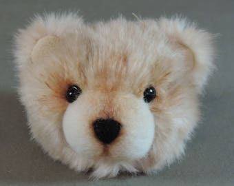 Pin/Brooch Artist Teddy Bear head, Tan and white, OOAK faux fur and needle felted face