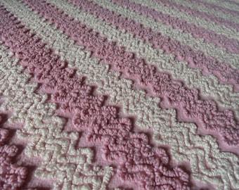 "Pink Vintage Cabin Crafts Needletuft Zigzag Chenille Bedspread Fabric piece...13 x 18"""