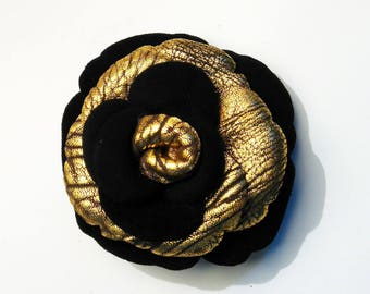 two-tone leather black velvet and vintage Gold 3 flower brooch