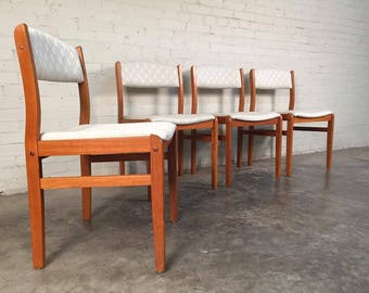 Mid Century Danish Modern Style Teak Dining Chairs / Set Of 4   Made In