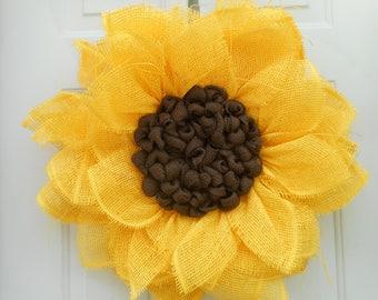 Sunflower wreath Large Yellow Sunflower Paper mesh Wreath Summer wreath Fall wreath Summer door decor Sunflower decor Ready to ship