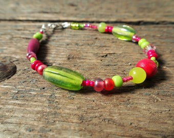 Beaded bracelet bracelet boho bracelet bead bracelet gift for her jewelry pink bracelet bohemian bracelet green bracelet pink green boho