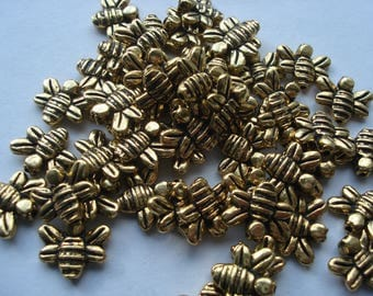 14mm Zinc Based Alloy Beads, Antique Gold Bees Beads, Pack of 20 Beads, C448