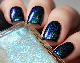 Kelpie Aurora Iridescent Color Shifting Glitter Shimmer Effect Top Coat Nail Lacquer Starlight and Sparkles Polish Teal Violet
