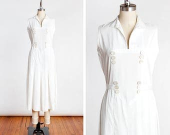 ORIGINAL Vintage Late 1920s Wide Wale Pique Cotton Tennis Dress with Tie Back and Button Details // Sporting // Day Dress // Casual
