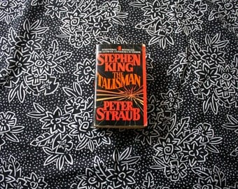 The Talisman by Stephen King and Peter Straub 1985 Paperback. Classic Horror Fiction. Stephen King Paperback Book