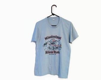 Vintage MISSISSIPPI River Rats shirt size M Savanna IL blue thin Screen stars Usa