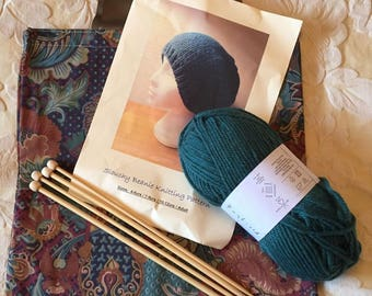 KNITTING KIT - Slouchy Beanie - Green - Sizes 4-6yrs / 7-9yrs / 10-12yrs / Adult   - Free Craft Bag with this Kit