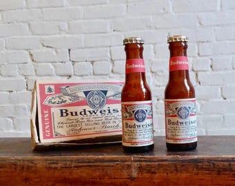 80s vintage Anheuser Busch Budweiser beer glass salt and pepper shakers shaker set