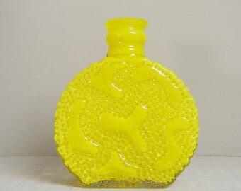 Yellow OP art vase by Hirschberg 70s J.