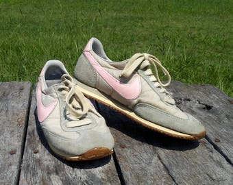 1983 Nike Shoes Oceania Women Trainers Size 8 Grey and Pink Swoosh Tread AUTHENTIC VINTAGE Nike Shoes Good + Vintage Shoes 1980s Fashion