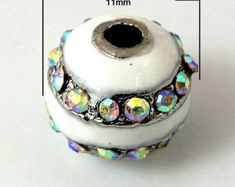 5 white enameled metal and Crystal Rhinestones, AB beads. 11mm