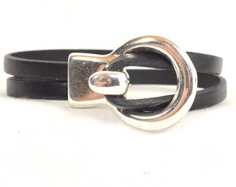 Black Double Strand Leather Bracelet/Black Leather Bracelet/One-Piece Toggle Clasp/Antique Silver Clasp (5-505)