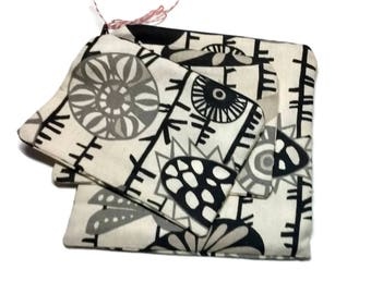 Reusable Zipper Sandwich Snack Bag Cotton Twill Beige Gray Black Birds Sunflowers Vines Cosmetic Bag