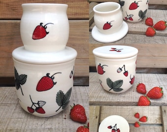 The french butter dish, Strawberry field, handmade with porcelain clay,