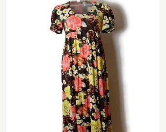 ON SALE Vintage Brown x Retro  Floral printed Short Sleeve Long Dress  from 1970's/puff sleeve/XS-S*