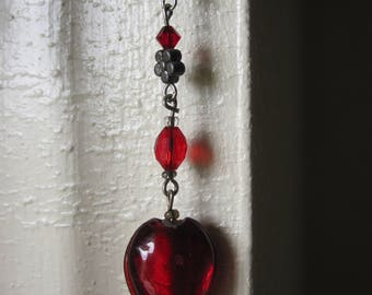 RED GLASS HEART Pierced Earrings