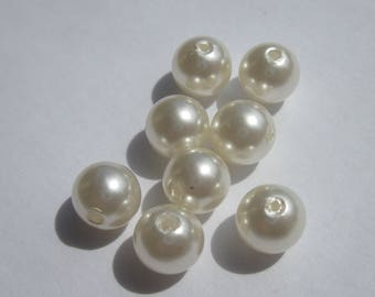 glass Pearl 8 mm - 3 PV33 8 round beads
