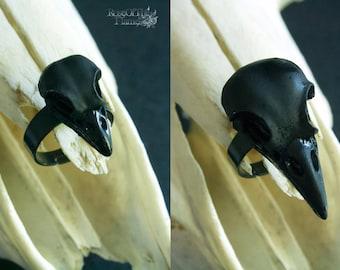 Crow skull ring. Black skull jewelry. Crow ring. Pagan jewelry. Pagan ring. Wicca ring. Wicca jewelry. Goth ring. Goth jewelry. Gothic ring