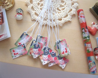 dollhouse christmas gift parcel tags snowman 12th scale miniature