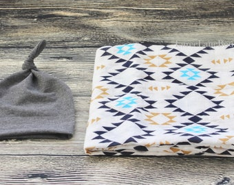 Aztec Swaddle Set/ Newborn swaddle set/ Baby boy set/ Baby boy swaddle set/ Baby shower gift/ Baby boy blanket set/ Muslin swaddle blanket