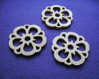 3 flowers, wood, 5 cm  (01-0004A)