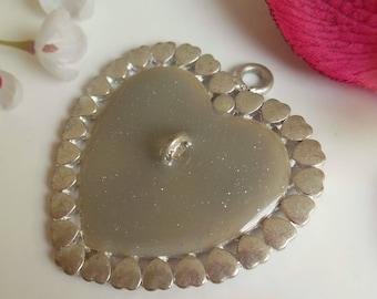 pretty silver heart pendant