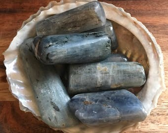 Kyanite Healing Stone, Healing Crystal, Spiritual Stone, Meditation, Tumbled stone
