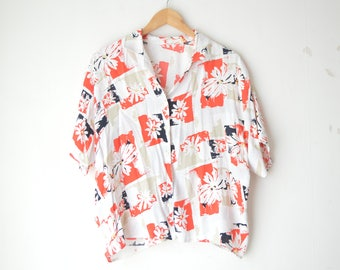 floral print oversized button down blouse 80s // L-XL