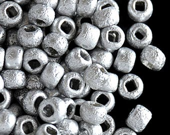 10gr 6/0 Czech Glass Seed Beads Etched, Etched Aluminium Silver (6SBE016)