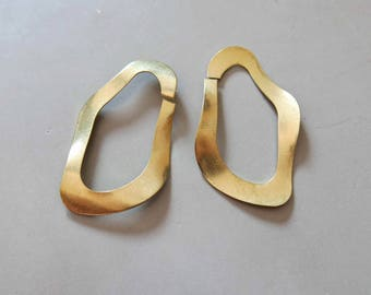10pcs Raw Brass Rings Charms, Pendants Findings 52mm x 29mm - F620
