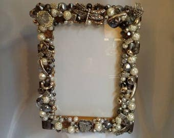Shop closing Jewelry frame jeweled picture frame gray silver ivory motif 5 x 7 frame