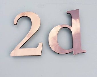 "Traditional serif 4"" high floating House numbers in Garamond, copper faced - Polished and  lacquered floating"