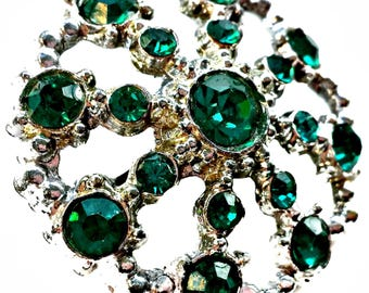 Rhinestone Brooch Emerald Green Open Domed