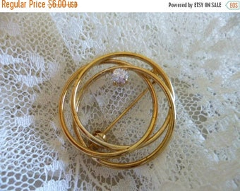 Christmas in July Dainty, Elegant and Sweet Brooch, Gold Swirl Design with Rhinestone Accent