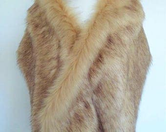 champagne fur stole, fawn fur shawl, beige faux fur, fake fur shrug, faux fur collar, bridesmaid wrap, bridal