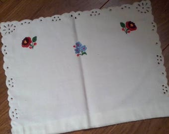 Traditional Hungarian Flower Hand Embroidery Lace Pillow Case Pillow Sham