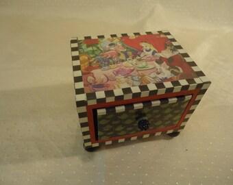 Alice in Wonderland Single Drawer Wooden Chest