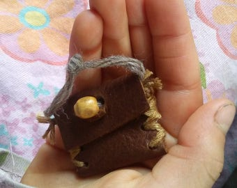 Tiny Tooth Pouch