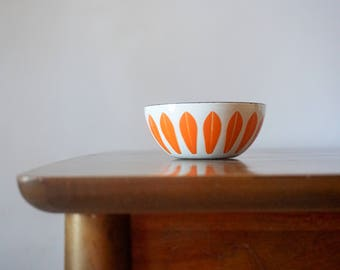 Small Cathrineholm Lotus Bowl, 4 Inch Size, White and Orange, Enameled Serving Piece, Mid Century Modern, Scandinavian, Kitchen Decor