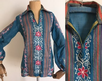 Vtg 70's Hippie festival embroided top/Vtg Boho Indian cobalt blue cotton blse /70's Boho blouse