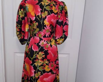 lovely 70s floral maxi by Susan Small