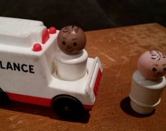 Fisher price little people hospital doctor and ambulance 931